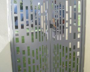 Aluminium Side Gate Design